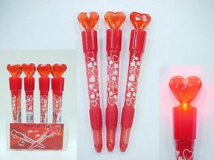 LIGHT UP RED HEART PEN,  1 DZ / BOX