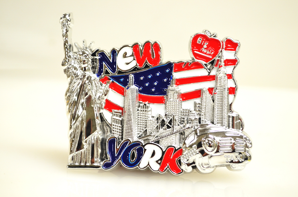 New York Skyline USA Flag Magnet