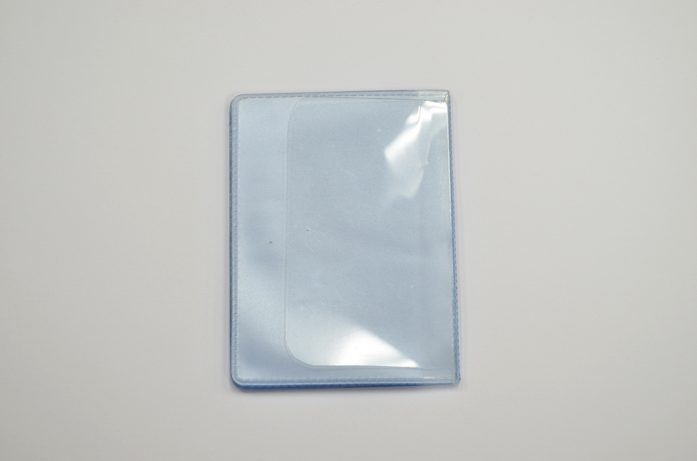 PLASTIC CREDIT CARD HOLDER INSERT