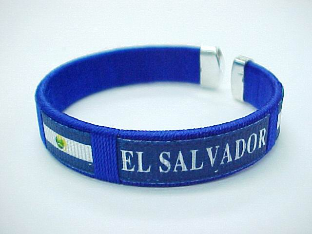 EL SALVADOR FLAG BANGLE, 1DZ/CAN