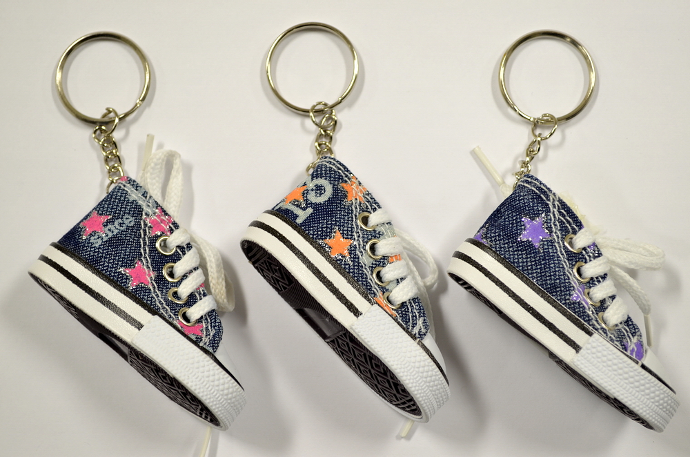 DENIM SNEAKER KEY CHAIN W/ STARS